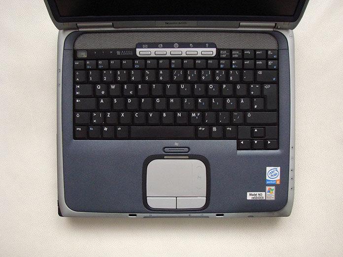 Tanie laptopy używane – jak kupić dobry sprzęt